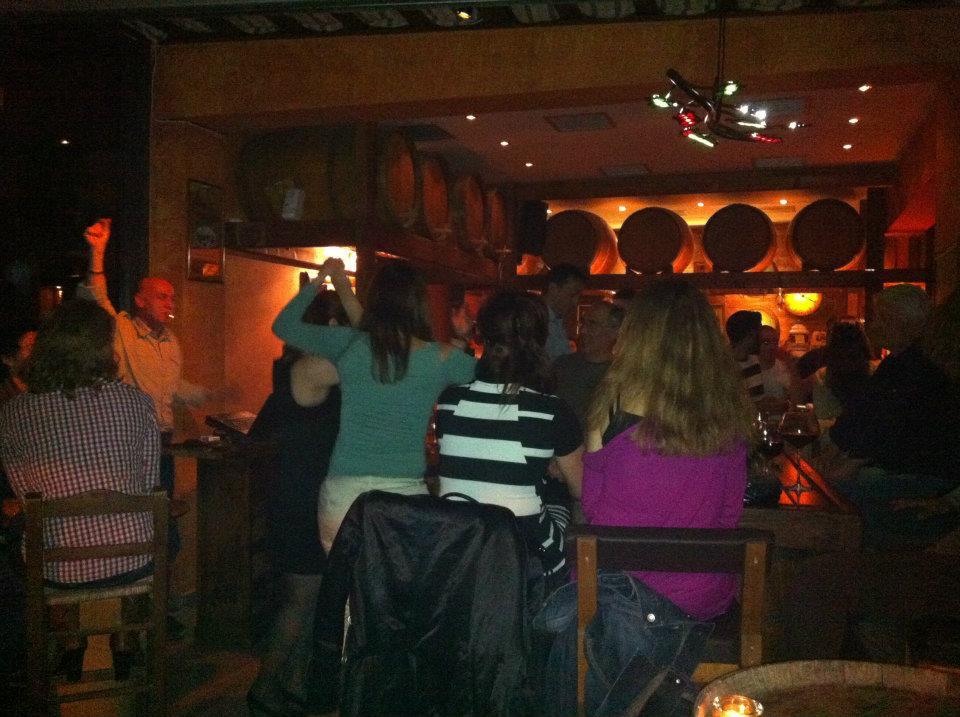Ελάτε στο Κρασοπουλιό-Σελήνη για μια εξέχαστη βραδιά